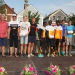 Siegerehrung mit Bürgermeisterin Gisela Gabauer (li.) und SVG-Obmann Herwig Bodingbauer  Foto: SVG/Dumfarth